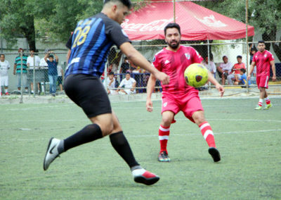 B. REYES (AZUL)vs. FORZA (ROJO)