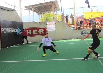ERIK Kire FLORES anotador gol 3